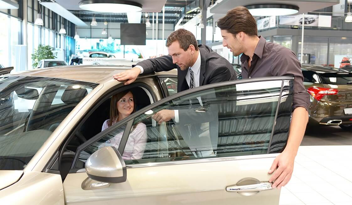 Protect My Car Blog 6 Tips When To Buy A Car Dealership