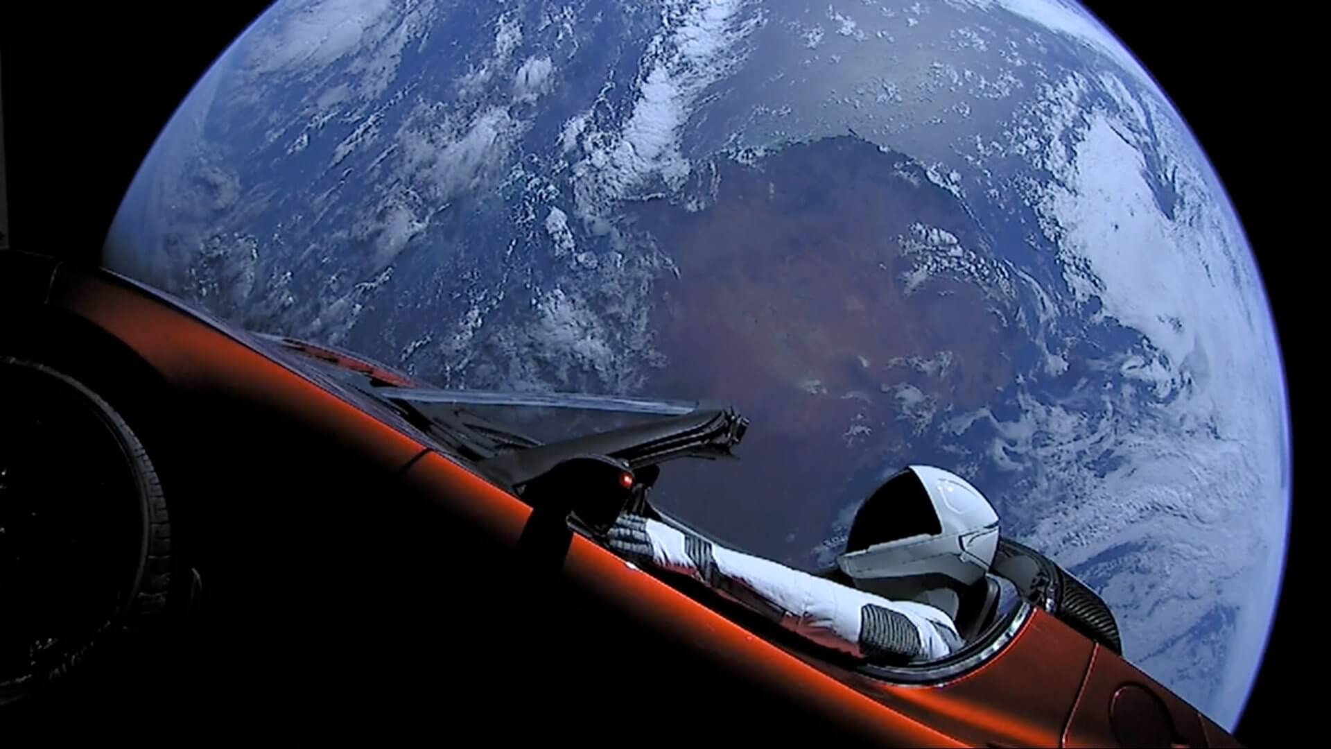 Spaceman Tesla Roadster In orbit Space X